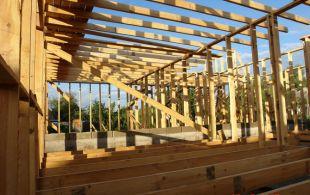 Як побудувати щитовий будинок своїми руками? Осягаємо основу будівництва