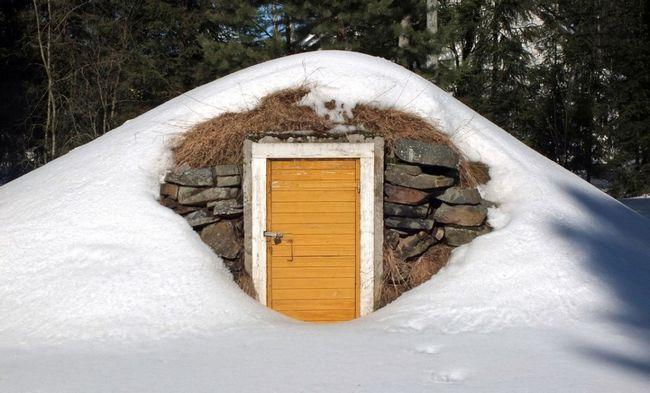 Камінь - універсальний матеріал для будівництва льохів