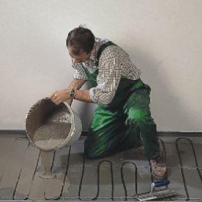 Стяжку під теплу підлогу можна зробити своїми руками