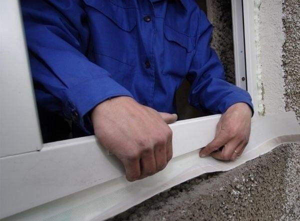 Утеплення пластикових вікон своїми руками - підготовка і облаштування теплоізоляції