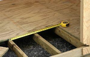 Утеплення дерев`яної підлоги по лагам