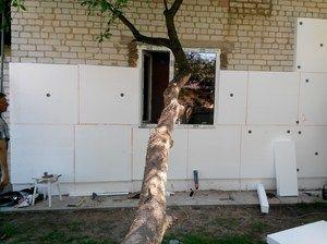 Як і чим краще утеплювати стіни будинку зовні своїми руками