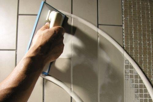 Затирка швів плитки у ванній своїми руками. Робимо останні штрихи краси
